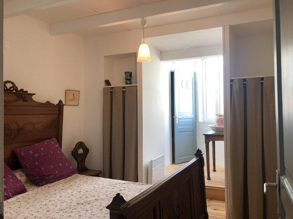 Maison à vendre 5 100m2 à Saint-Pierre-d'Oléron vignette-10