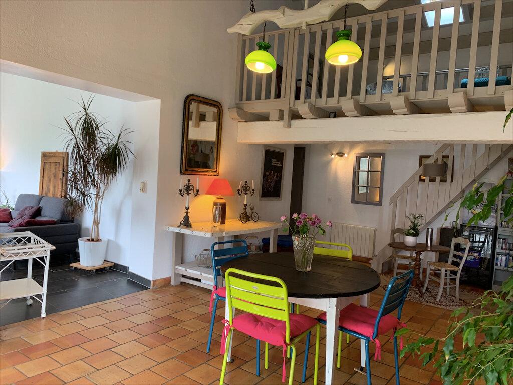 Maison à vendre 7 158m2 à Saint-Pierre-d'Oléron vignette-3