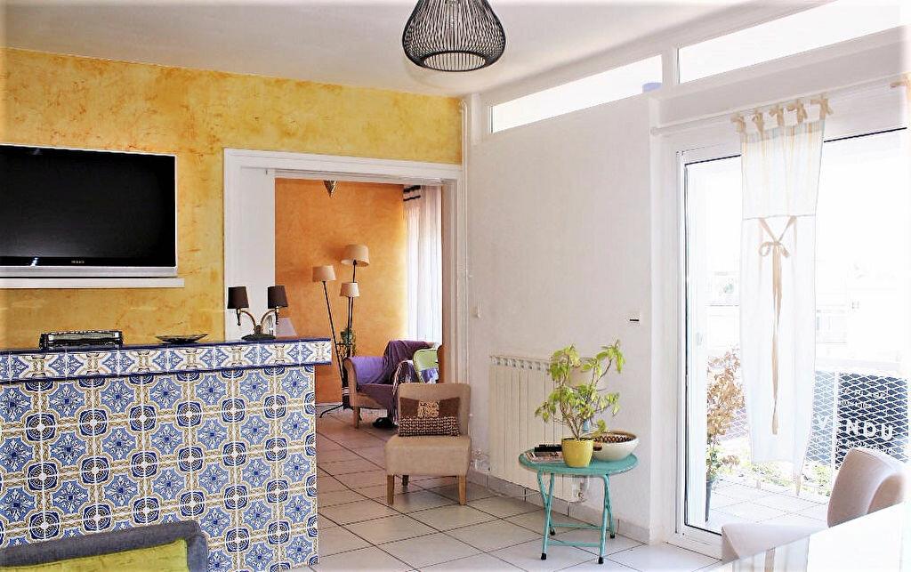 Appartement à vendre 3 58.69m2 à Royan vignette-3