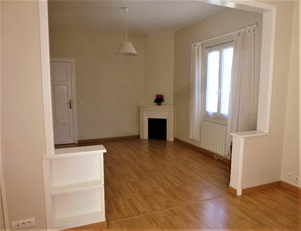 Appartement à vendre 3 81.7m2 à Royan vignette-3