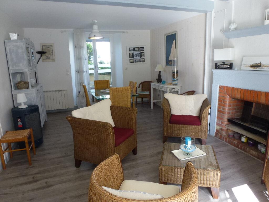 Maison à vendre 4 99.7m2 à Meschers-sur-Gironde vignette-4