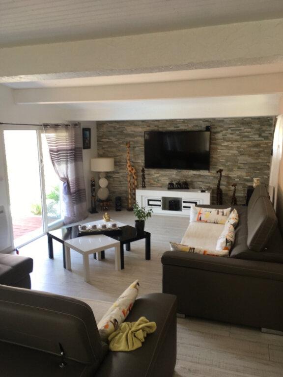 Maison à vendre 5 153m2 à Saint-Sulpice-de-Royan vignette-1