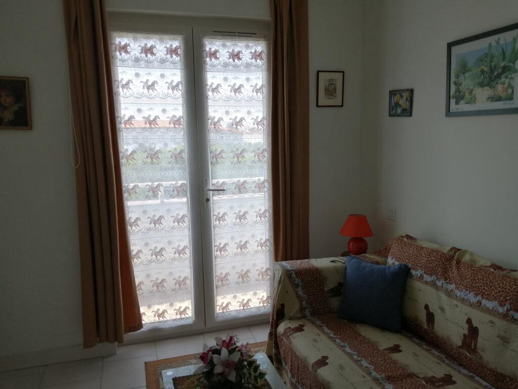 Appartement à vendre 3 44m2 à Royan vignette-8