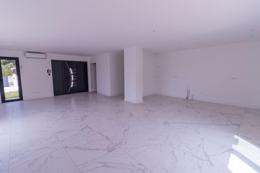 Maison à vendre 4 120m2 à Breuillet vignette-2