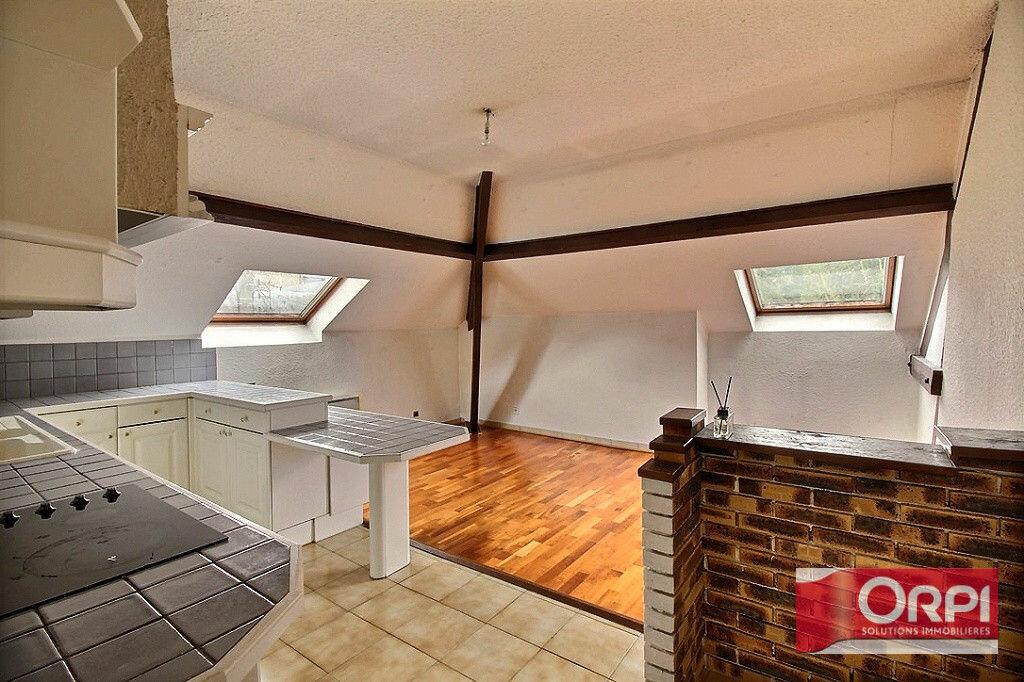 Appartement à louer 2 33m2 à Viry-Châtillon vignette-3