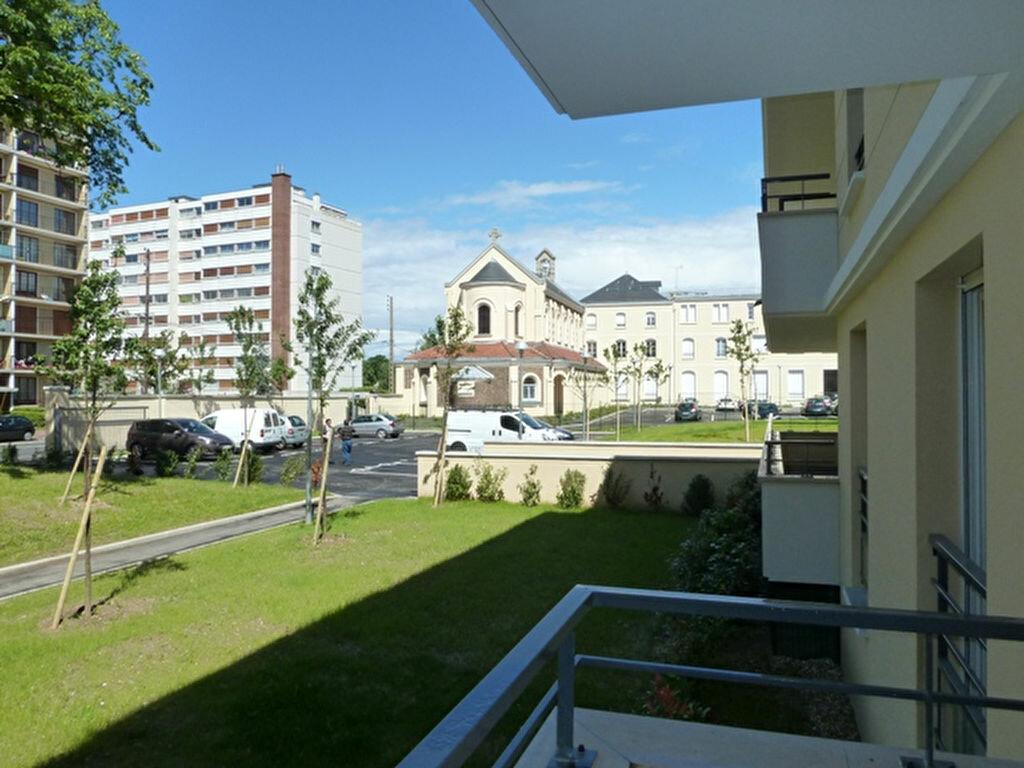 Appartement à louer 2 46m2 à Viry-Châtillon vignette-9