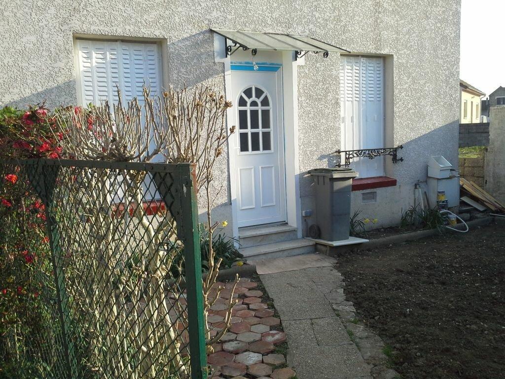 Appartement à louer 3 49m2 à Viry-Châtillon vignette-1