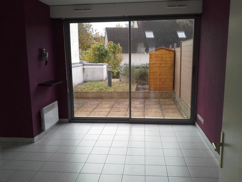 Appartement à louer 2 49m2 à Ris-Orangis vignette-3