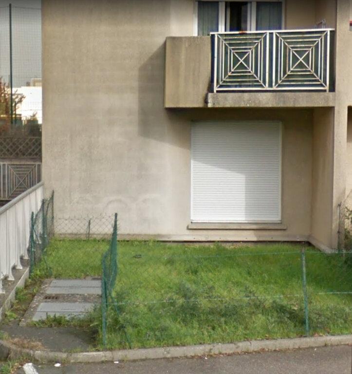 Appartement à louer 1 27m2 à Viry-Châtillon vignette-6
