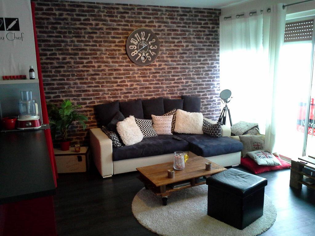 Appartement à louer 2 41m2 à Viry-Châtillon vignette-2