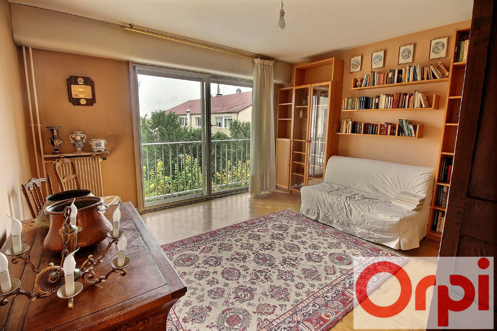Appartement à vendre 5 122m2 à Viry-Châtillon vignette-3