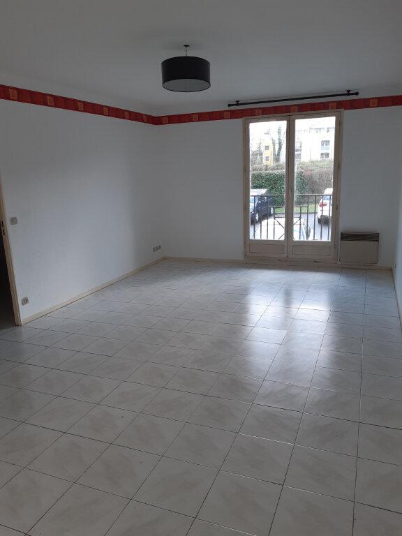 Appartement à louer 2 47.9m2 à Épinay-sur-Orge vignette-2
