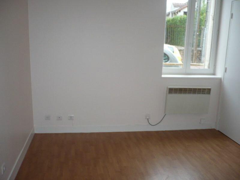 Appartement à louer 1 19.57m2 à Montlhéry vignette-1