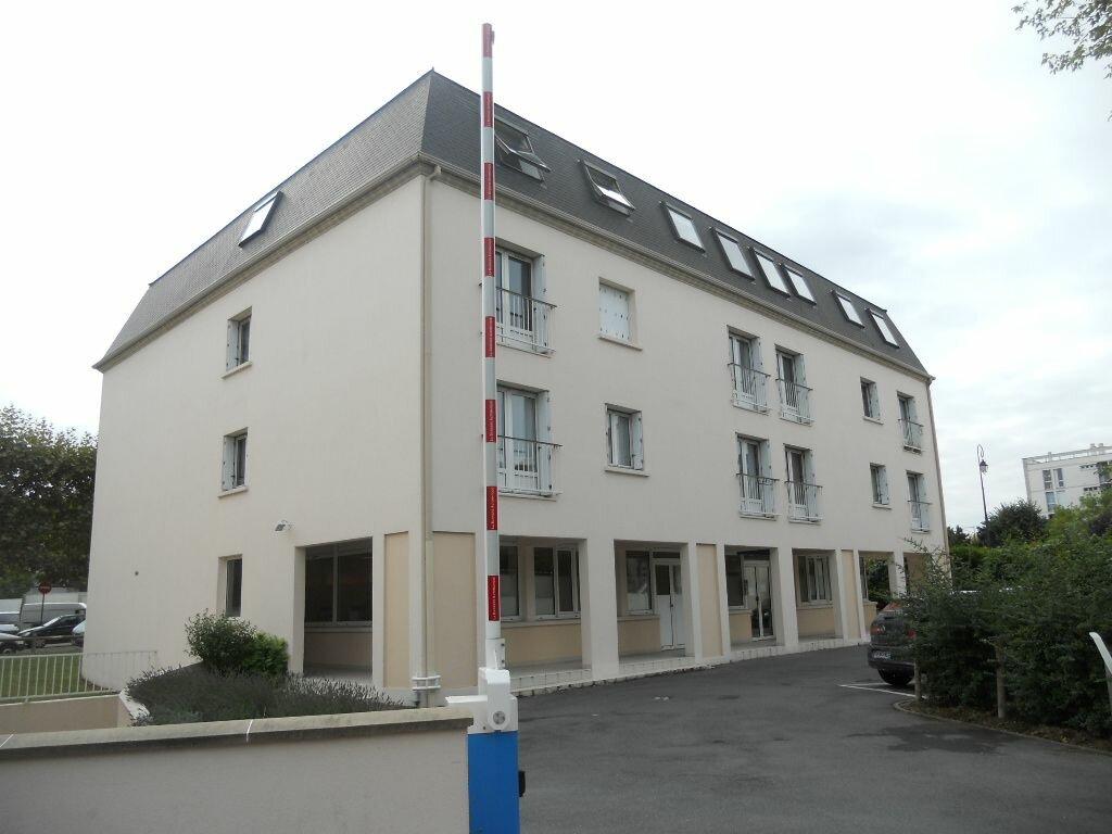 Appartement à louer 1 27.28m2 à Antony vignette-1