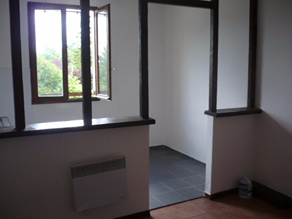 Appartement à louer 3 38.9m2 à Brétigny-sur-Orge vignette-4