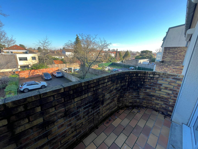 Appartement à louer 2 35.24m2 à Sainte-Geneviève-des-Bois vignette-6