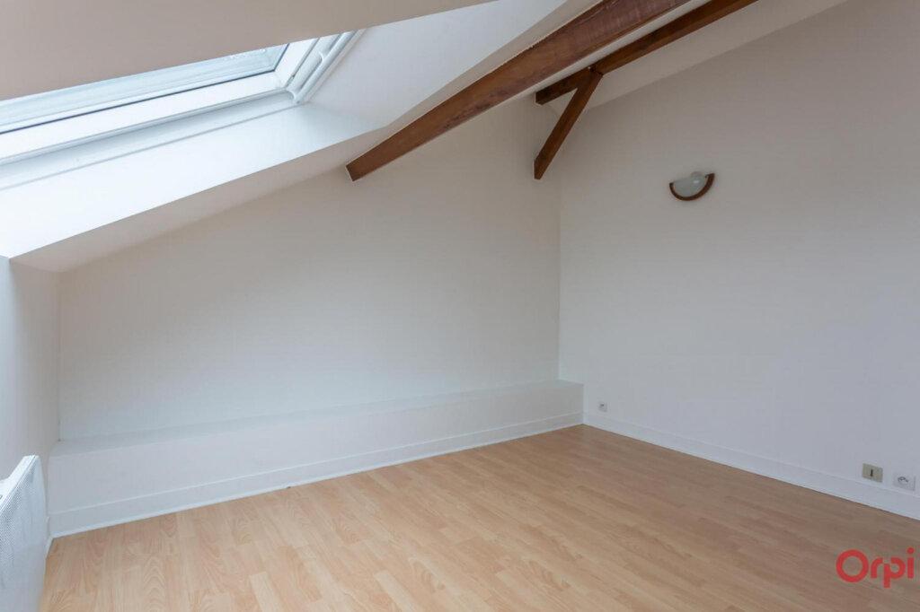 Appartement à louer 3 37.7m2 à Sainte-Geneviève-des-Bois vignette-3