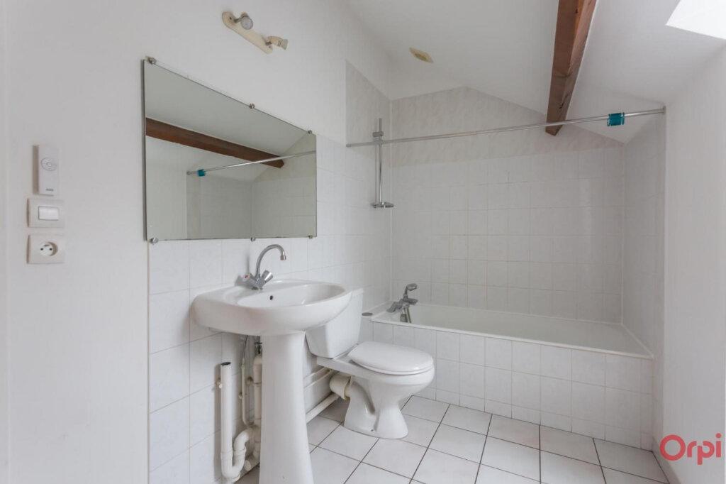 Appartement à louer 3 37.7m2 à Sainte-Geneviève-des-Bois vignette-5