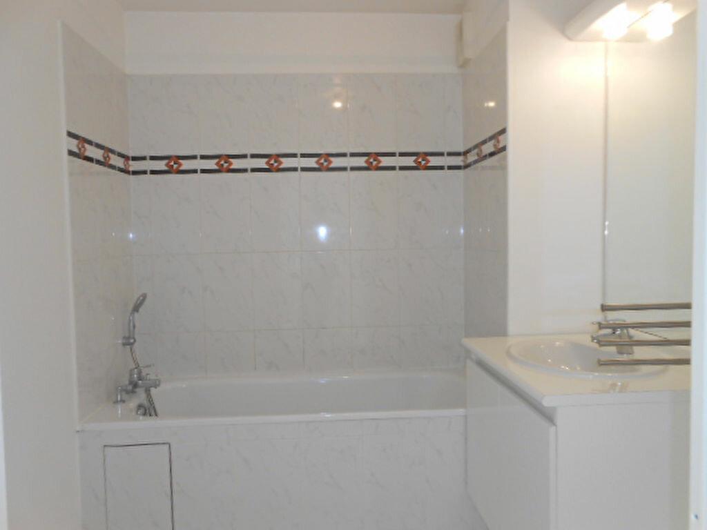 Appartement à louer 3 59.9m2 à Saint-Michel-sur-Orge vignette-5