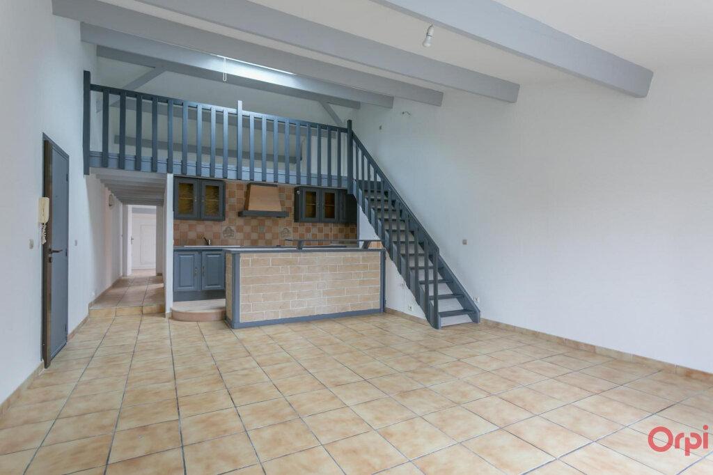 Appartement à louer 3 70.56m2 à Sainte-Geneviève-des-Bois vignette-1