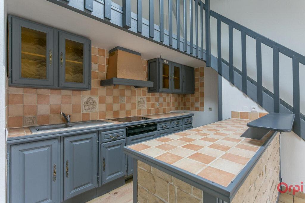 Appartement à louer 3 70.56m2 à Sainte-Geneviève-des-Bois vignette-2