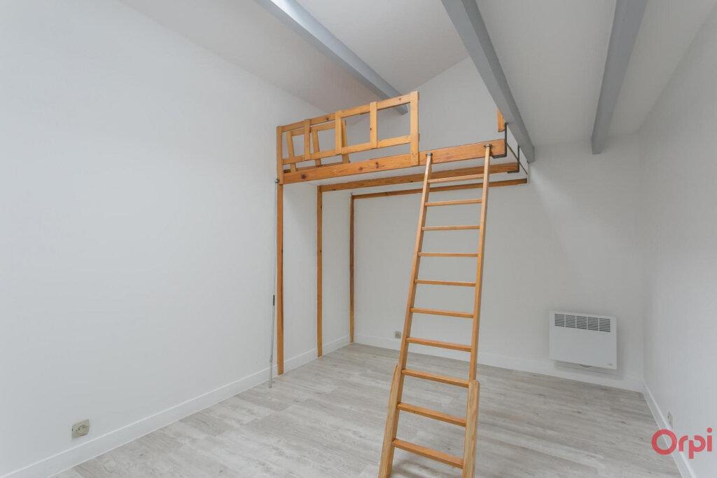 Appartement à louer 3 70.56m2 à Sainte-Geneviève-des-Bois vignette-3