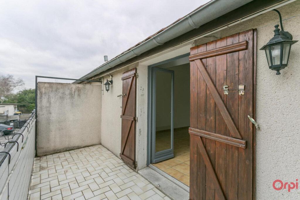 Appartement à louer 3 70.56m2 à Sainte-Geneviève-des-Bois vignette-6