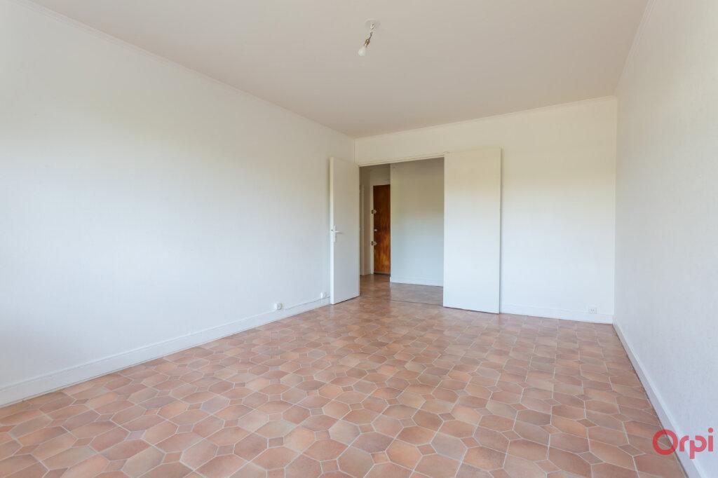 Appartement à louer 3 59.96m2 à Saint-Michel-sur-Orge vignette-1