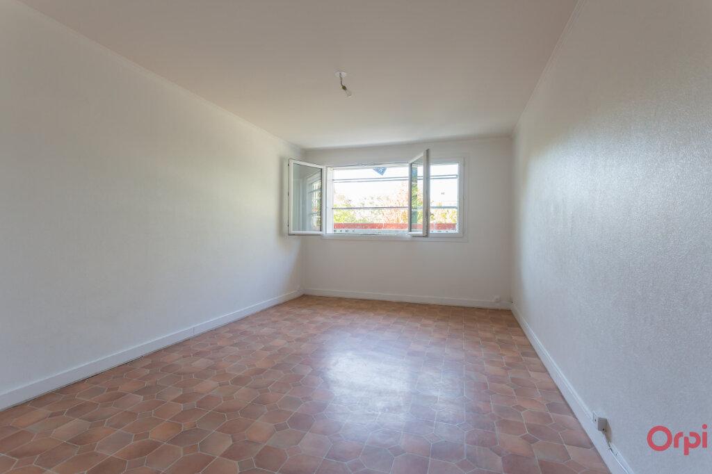 Appartement à louer 3 59.96m2 à Saint-Michel-sur-Orge vignette-2