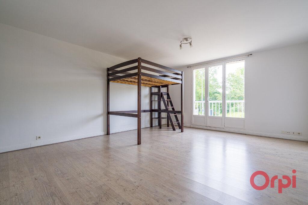 Appartement à louer 1 35.61m2 à Saint-Michel-sur-Orge vignette-1