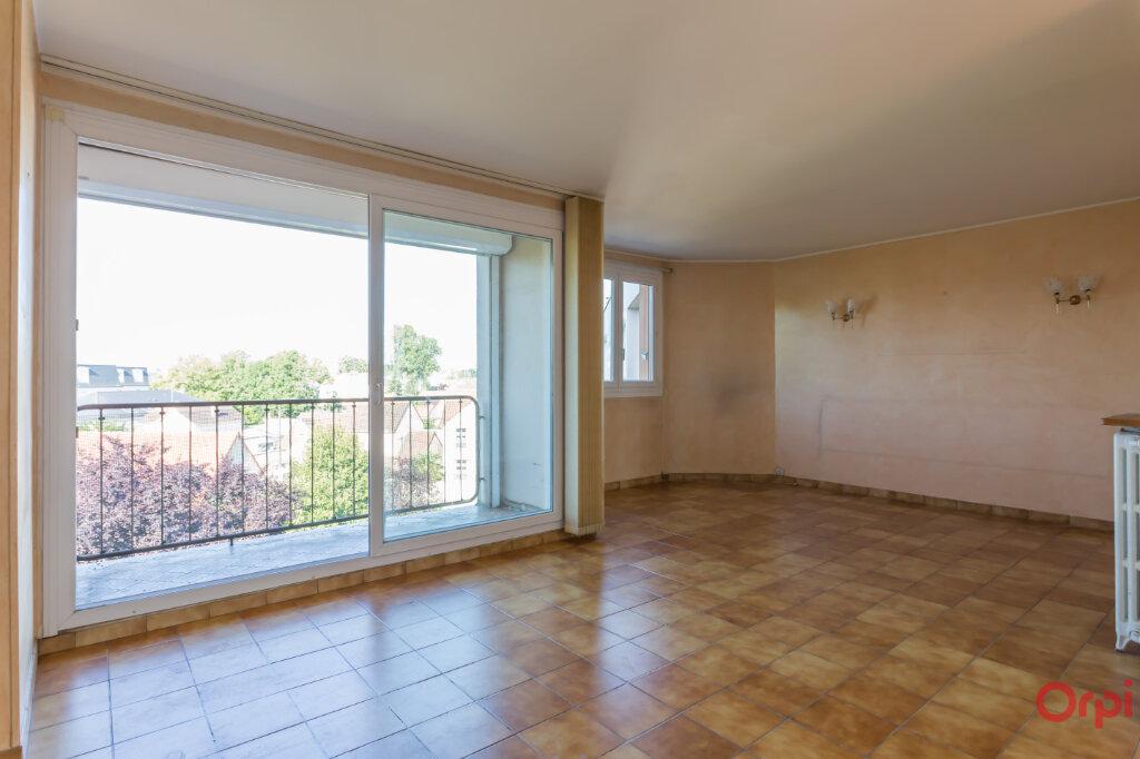 Appartement à vendre 4 80m2 à Sainte-Geneviève-des-Bois vignette-1