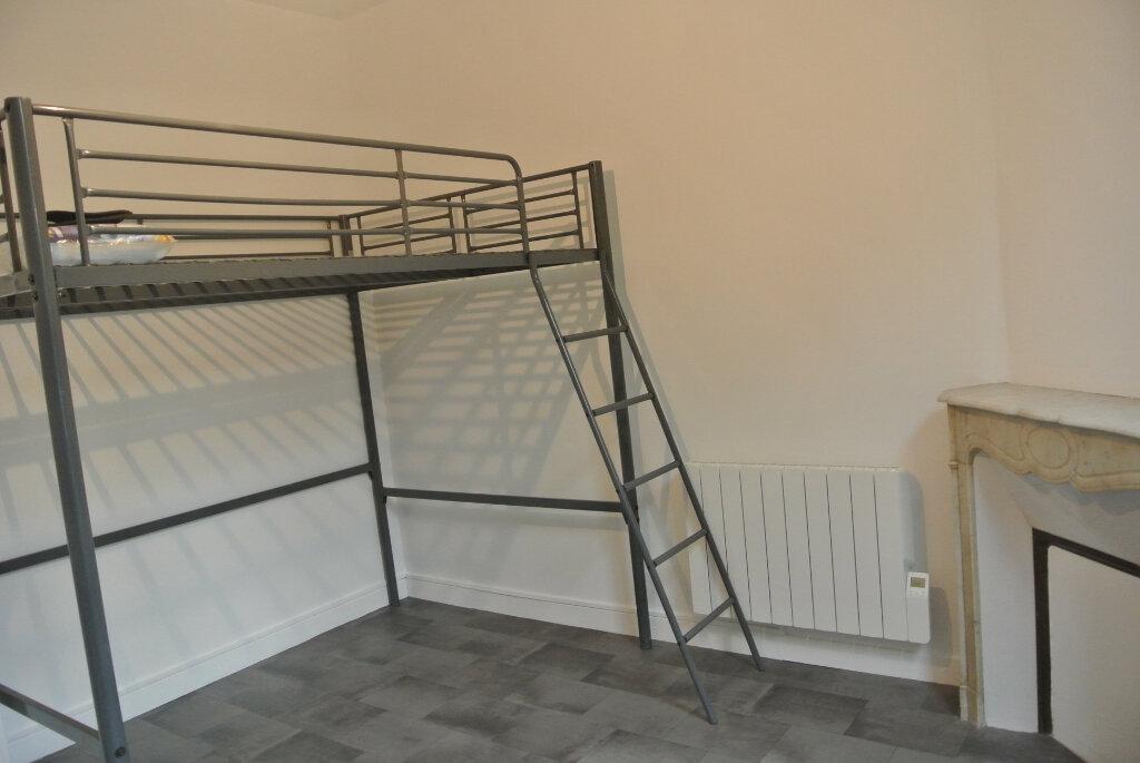 Appartement à louer 1 12.82m2 à Saint-Michel-sur-Orge vignette-4