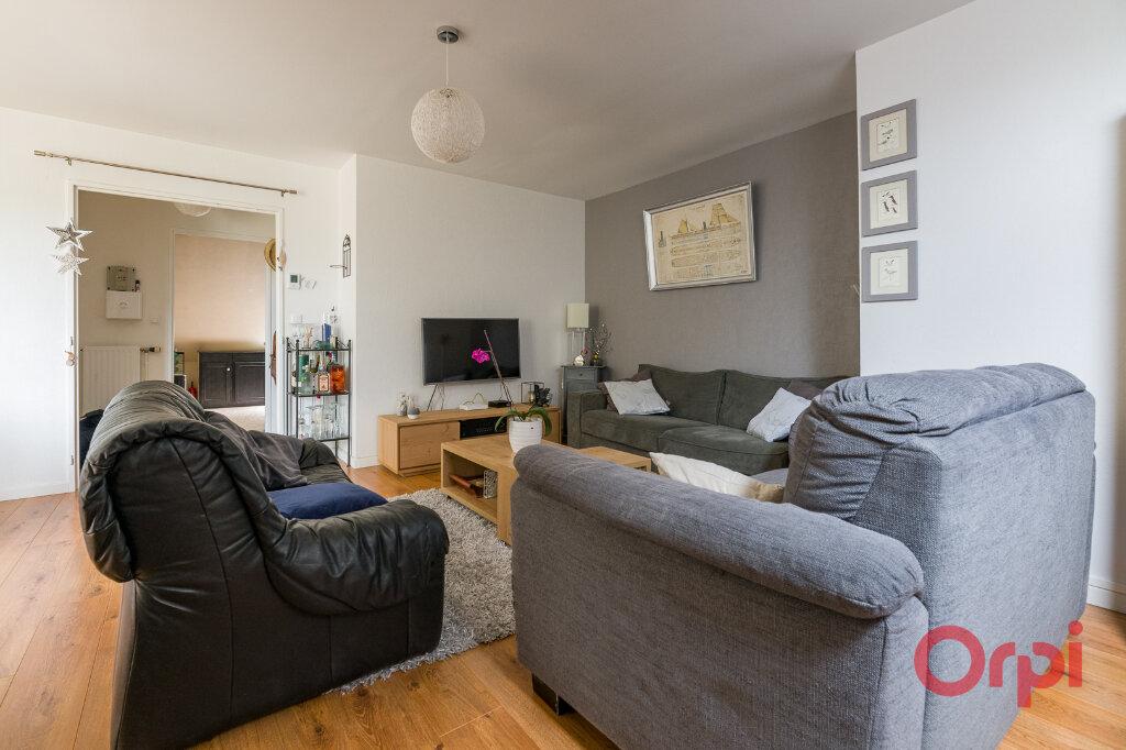 Appartement à vendre 4 82.44m2 à Saint-Michel-sur-Orge vignette-2