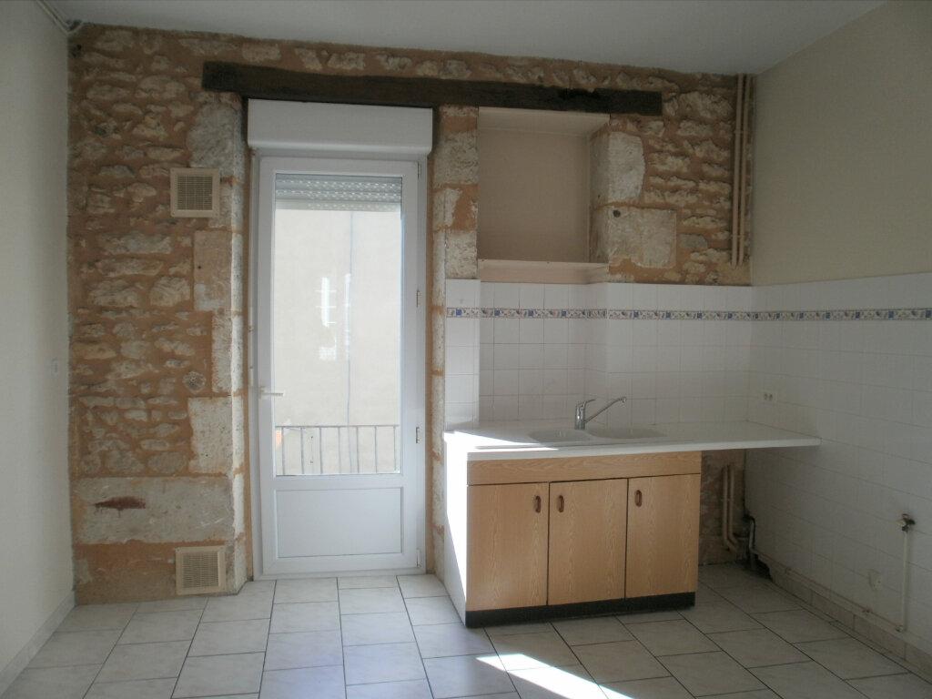 Appartement à louer 5 105m2 à Périgueux vignette-2