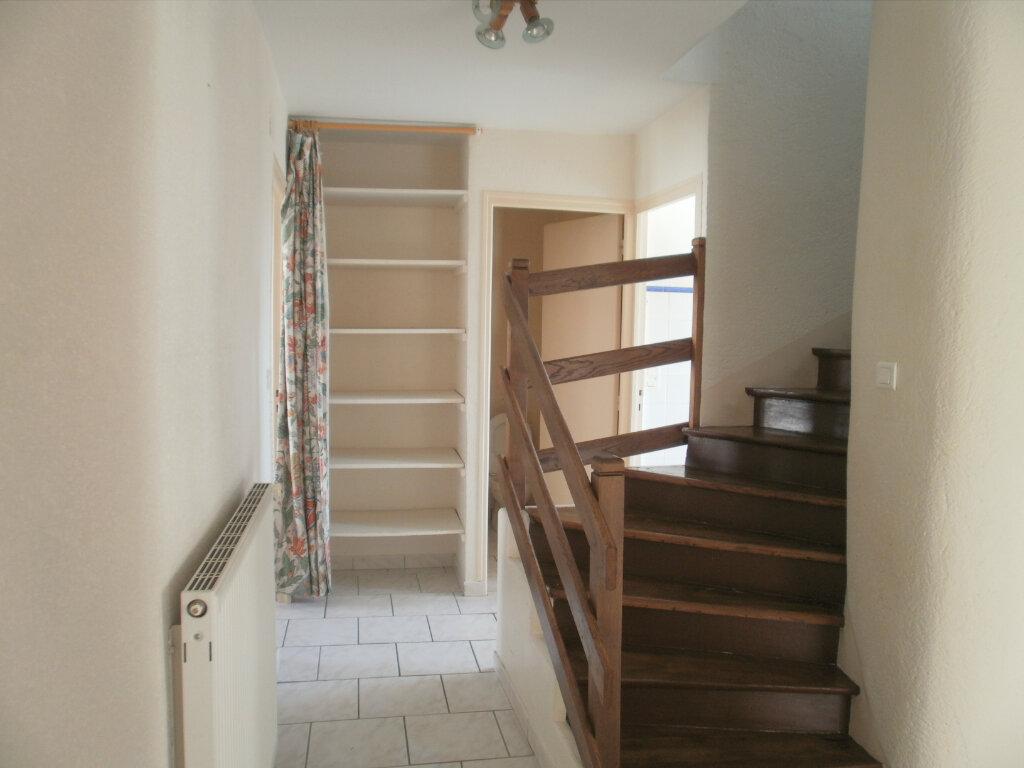 Appartement à louer 5 105m2 à Périgueux vignette-6