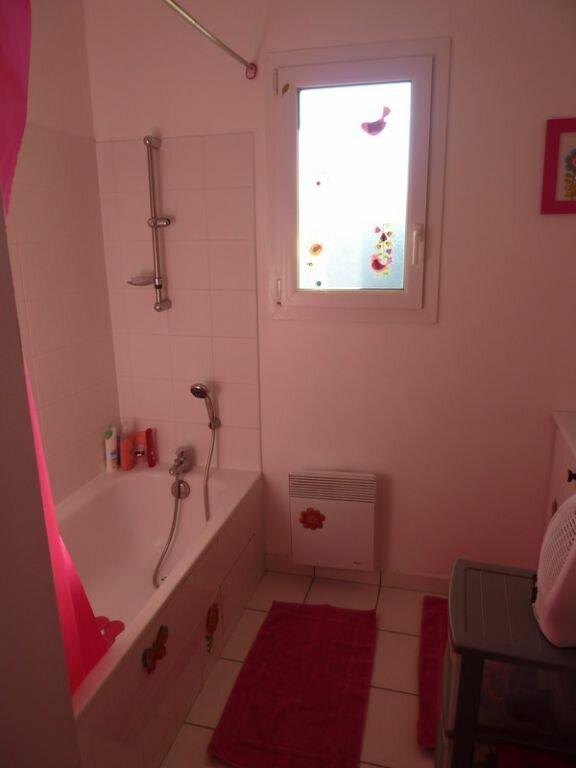 Appartement à vendre 3 66m2 à Saint-Astier vignette-7