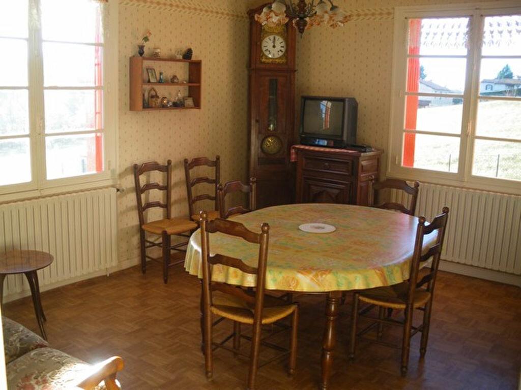 Maison à vendre 5 160m2 à Saint-Germain-du-Salembre vignette-4