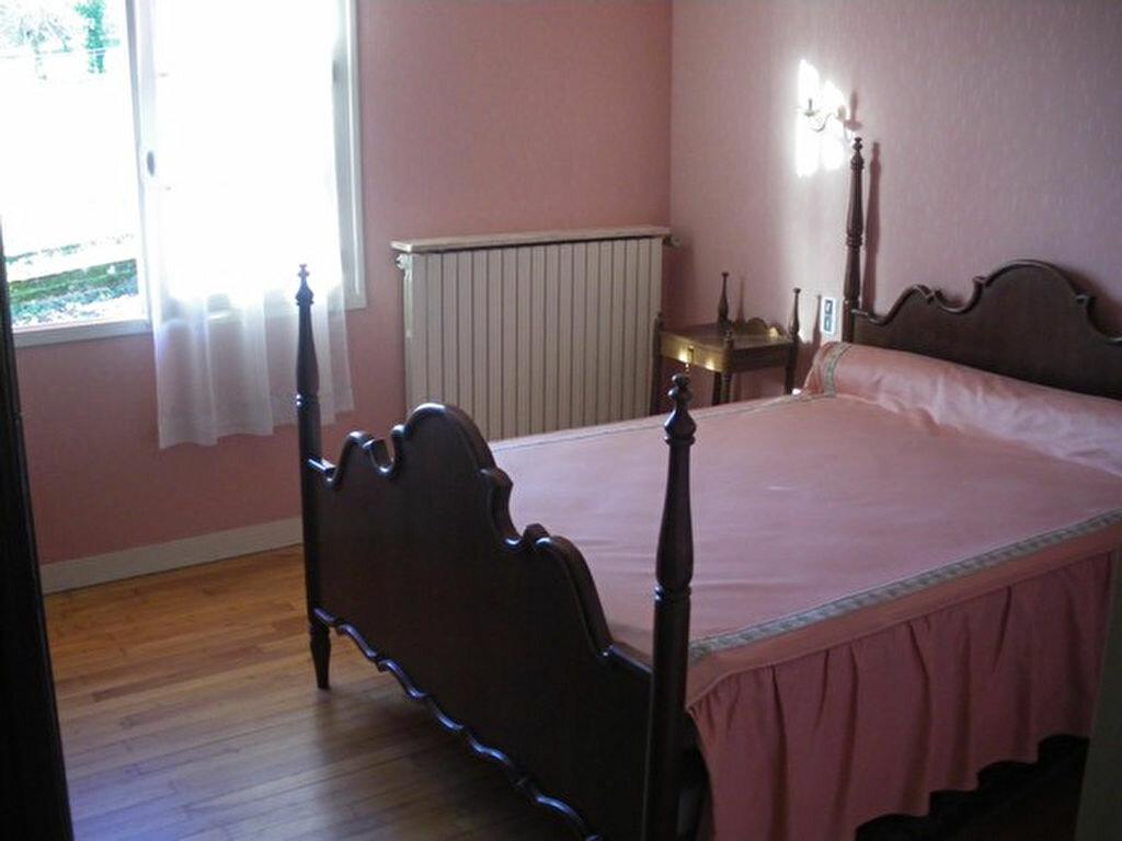 Maison à vendre 5 160m2 à Saint-Germain-du-Salembre vignette-5
