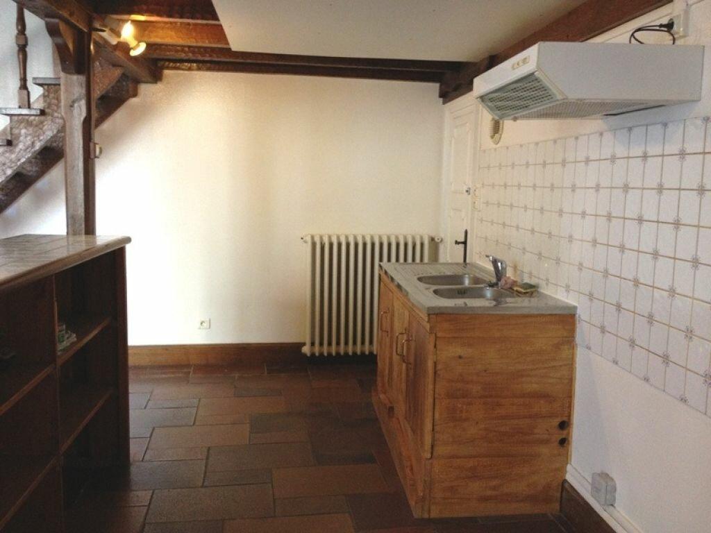 Appartement à louer 5 107m2 à Saint-Astier vignette-2