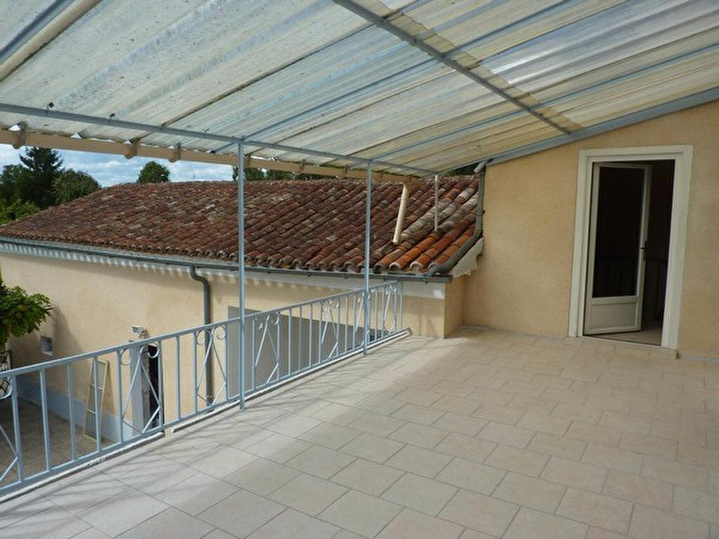 Maison à vendre 6 170m2 à Neuvic vignette-4