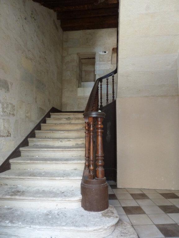 Appartement à louer 1 30m2 à Périgueux vignette-3