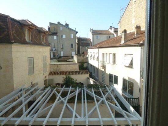 Appartement à louer 1 30m2 à Périgueux vignette-7