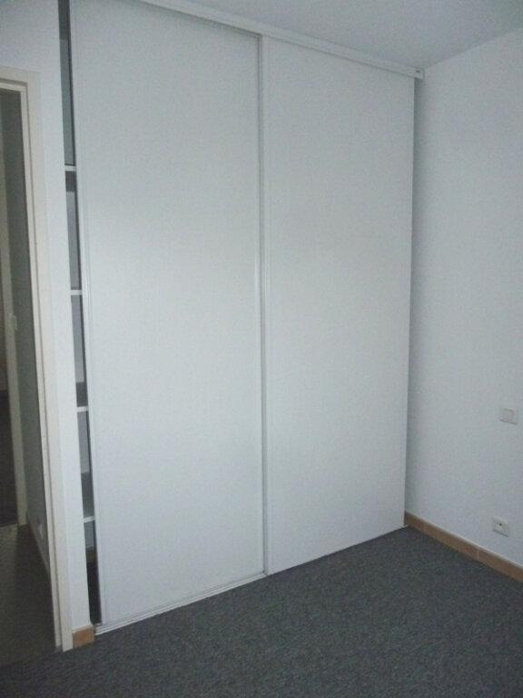 Appartement à louer 4 78m2 à Périgueux vignette-3