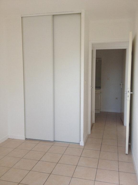 Appartement à louer 3 57m2 à Saint-Astier vignette-5