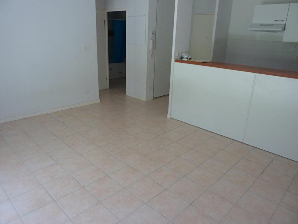 Appartement à louer 3 57m2 à Saint-Astier vignette-9