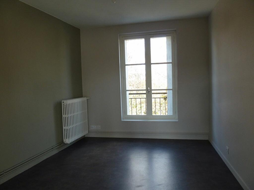 Appartement à louer 4 80m2 à Périgueux vignette-4
