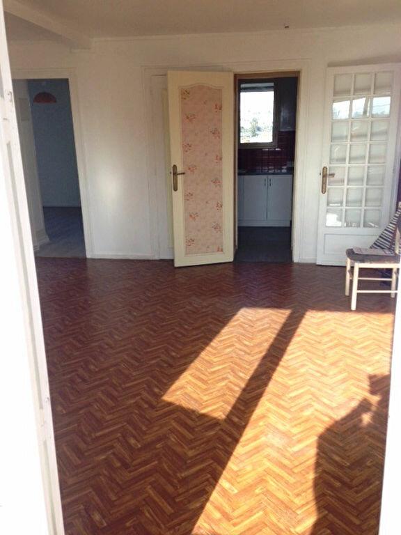 Appartement à louer 3 62m2 à Périgueux vignette-2