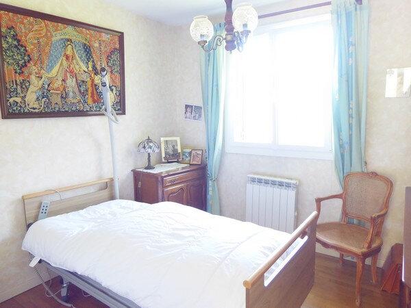 Maison à vendre 4 100m2 à Saint-Astier vignette-8