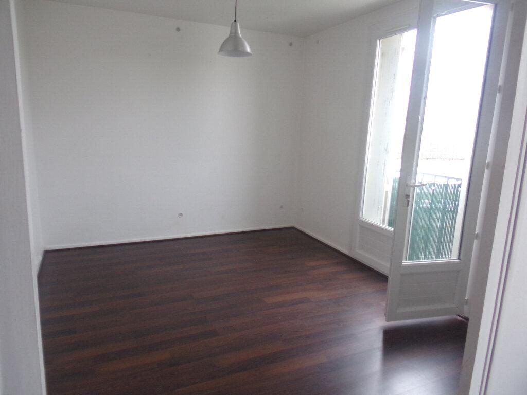 Appartement à vendre 3 78.56m2 à Coulounieix-Chamiers vignette-2