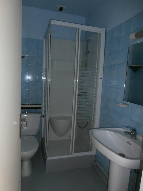 Appartement à louer 2 34m2 à Terrasson-Lavilledieu vignette-3